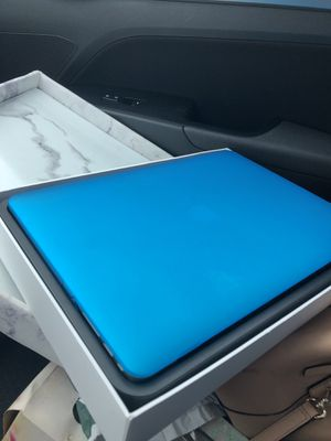 MacBook Air 13 inch with hard shell case for Sale in Orange, CT