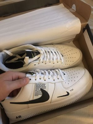 NIKE AIR FORCE 1 UTILITY SIZE 9 for Sale in Sterling, VA