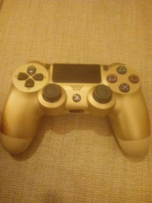 PS4 controller gold for Sale in Washington, DC