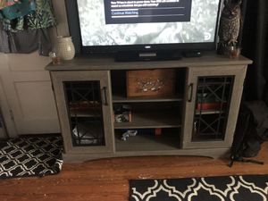 Grey TV stand solid woos very heavy for Sale in Murfreesboro, TN