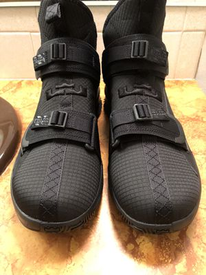 Nike Lebron Soldier XIII SFG Triple Black AR4225-005 Men US 13 Basketball Shoes for Sale in Bel Aire, KS