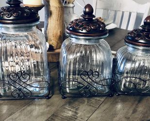 3 Piece Kitchen Canister set for Sale in Kingsburg,  CA