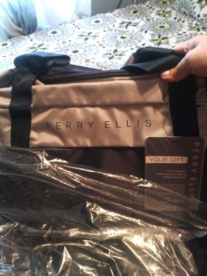Perry Ellis Duffle bag for Sale in San Antonio, TX