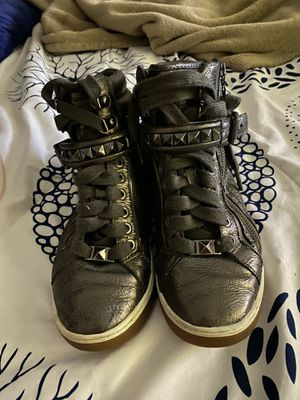 Michael Kors sneakers 👟 size 6 for Sale in Houston, TX