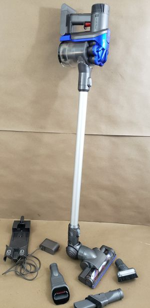 Dyson DC35 Cyclonic stick bagless vacuum with attachments for Sale in Chula Vista, CA