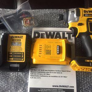 "BRAND NEW DEWALT 20v XR 1/4"" Brushless Impact Driver W/ 2AH Battery And 12v/ 20v Dual Charger for Sale in Philadelphia, PA"