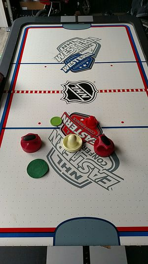halex air hockey table. free for Sale in Mill Creek, WA