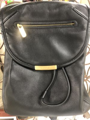 MARC BY MARc JACOBS large black leather backpack for Sale in Snoqualmie, WA