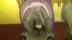 Safety 1rst grow and go 3-in-1 convertible car seat for Sale in Orlando, FL