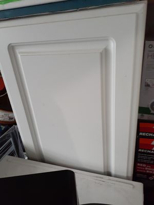 Kitchen cabinet [top] 15 inch wide for Sale in Philadelphia, PA
