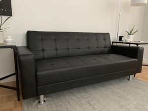 VEGAN LEATHER CONVERTIBLE COUCH FUTON for Sale in New York, NY