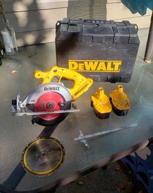 DeWalt DC390 Circular Saw/ 2 Saw Blades/ 2 Dead Dewalt Batteries/ Case and Accessory for Sale in Olympia, WA