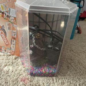 1.7 Gallon Fish Tank for Sale in Poway, CA
