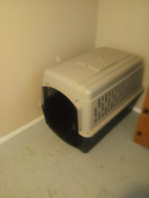 Extra large dog kennel for Sale in Lorain, OH