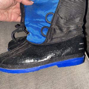 Snow Boots Great Condition - 2 Prs -kids Size 13 & 3 for Sale in Surprise, AZ