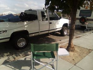 Chevy Silverado 1994 z71 4x4 off road for Sale in San Jose, CA