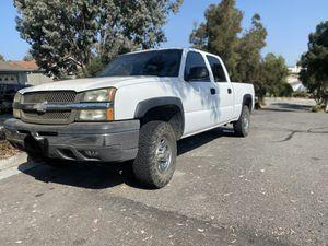 2000 Chevy Silverado 1500 5.3 L for Sale in Vista, CA