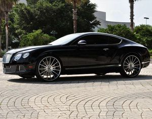 24 inch FORGED BENTLEY GT WHEELS AND TIRES for Sale in North Miami, FL