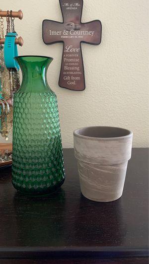 Flower vase & pot for Sale in Las Vegas, NV