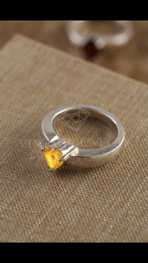 925 Sterling silver ring with yellow amethyst size 7 for Sale in Bloomfield Hills, MI