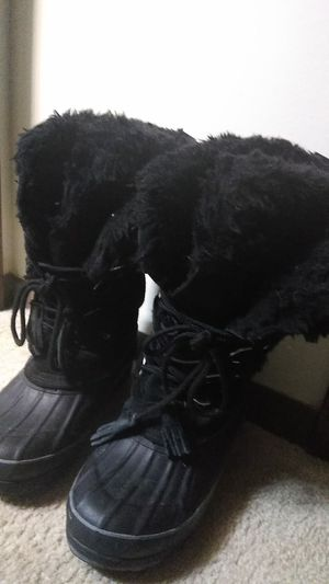 Black Fur Boots for Sale in Columbus, OH
