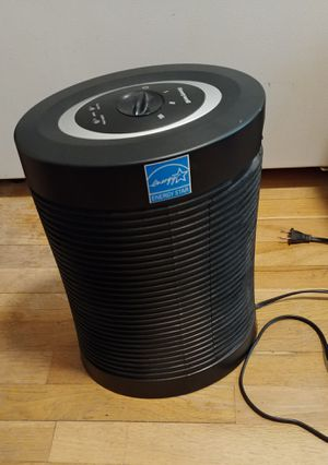 Honeywell HEPA air purifier HPA-050 for Sale in Seattle, WA