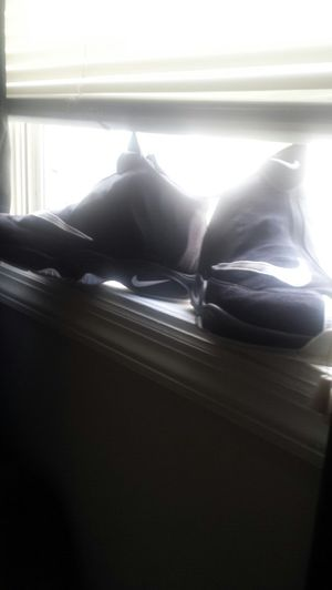 Nike men's basketball shoes size 10 for Sale in Dover, DE
