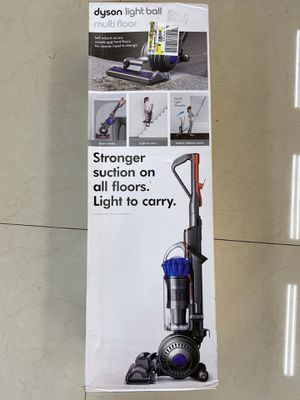 Dyson Light Ball Multifloor Bagless Upright Vacuum 221785-01 for Sale in Fort Lauderdale, FL