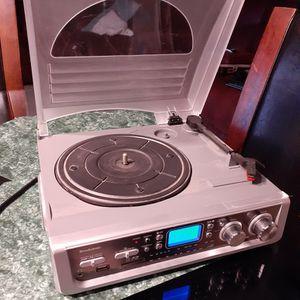 BROOKSTONE record Player. Good condition. Phono. Radio Am, Fm. USB port. SD . for Sale in Rialto, CA
