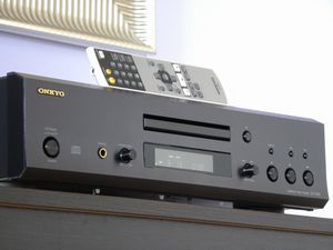 Onkyo DX 7555 CD player for Sale in Palatine, IL