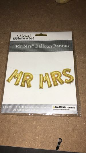 Mr and Mrs balloon for Sale in Tampa, FL