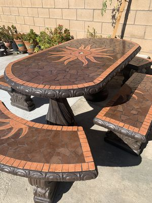 Oval cement patio table set for Sale in Fontana, CA