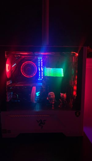 Really good pc for gaming for Sale in Bacliff, TX