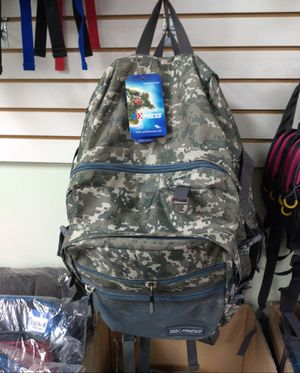 Backpack camouflage $25 Women Purse different styles$25 Backpack differents styles $25 for Sale in Miami Gardens, FL