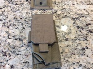 Eagle Industries M4 single mag pouch kakhi tan (new) for Sale in Spanaway, WA
