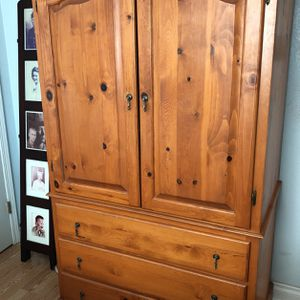 Armoire for Sale in Norco, CA
