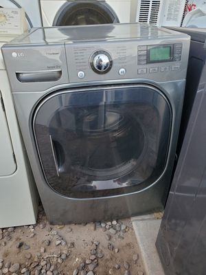 Dryer is electric for Sale in Tolleson, AZ