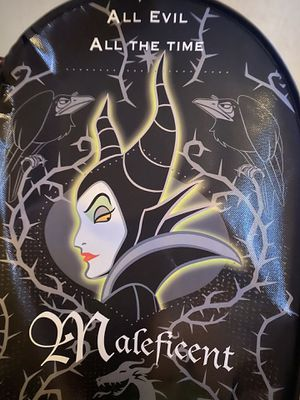Maleficent Halloween 🎃 treat bowl for Sale in Clovis, CA
