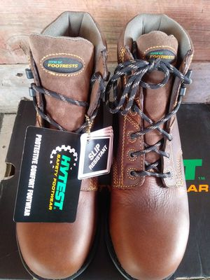 """Hytest footrests 6"""" winter/work boots for Sale in Taylor, MI"""