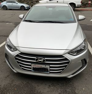 Hyundai Elantra 2017 limited,law mils for Sale in Bellevue, WA