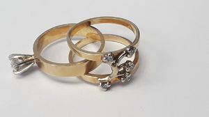 Women 14K Yellow Gold 2 Piece Matched Set High Polish Brilliant Shine Natural Diamond Rings Size 5.25 for Sale in Long Beach, CA