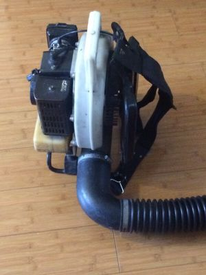 Leaf blower works great for Sale in Los Angeles, CA