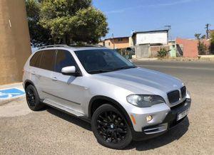 BMW X5 x drive 2009 6 cil GPS camara for Sale in San Diego, CA
