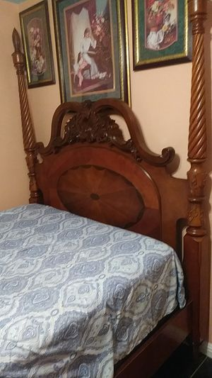 Queen bed only the frame no matress for Sale in Modesto, CA