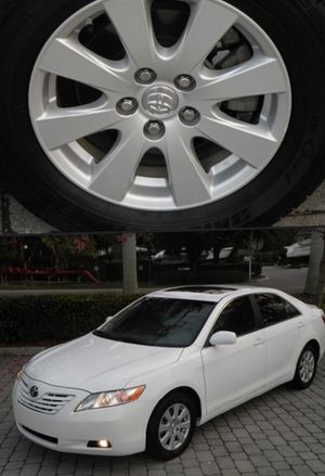 For Sale. 2009 Toyota Camry XLE Great Shape. FWDWheels for Sale in Wichita, KS