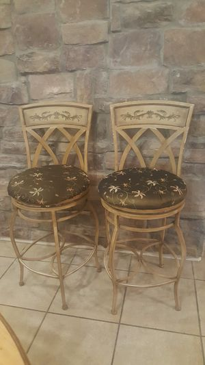 2 bar stools metal swiveling for Sale in Chandler, AZ