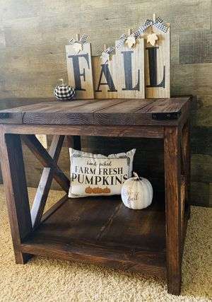 Rustic end table MADE TO ORDER for Sale in Phoenix, AZ