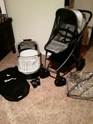 Uppa baby stroller/ baby carrier for Sale in Vancouver, WA
