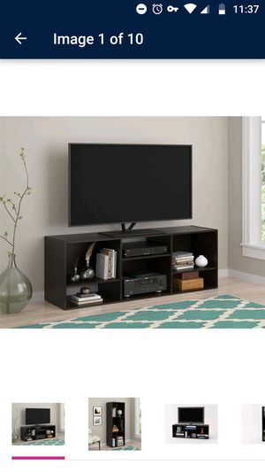 60 inch TV stand for Sale in Cleveland, OH