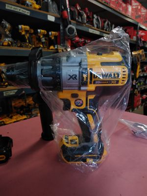 DEWALT 20V HAMMER DRILL XR BRUSHLESS 3 SPEED TOOL ONLY BRAND NEW...SOLO LA HERRAMIENTA for Sale in Moreno Valley, CA